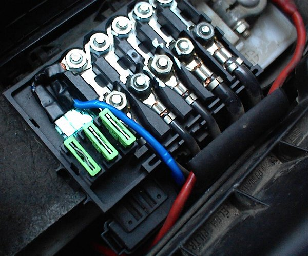 fusebox poll fan fuse on battery melted replaced or not? page 4 seat seat ibiza 2003 fuse box diagram at nearapp.co